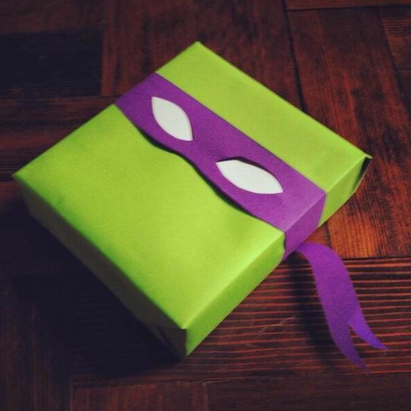 le-papier-pour-emballage-de-cadeau-teenage-mutant-nindja-turtle