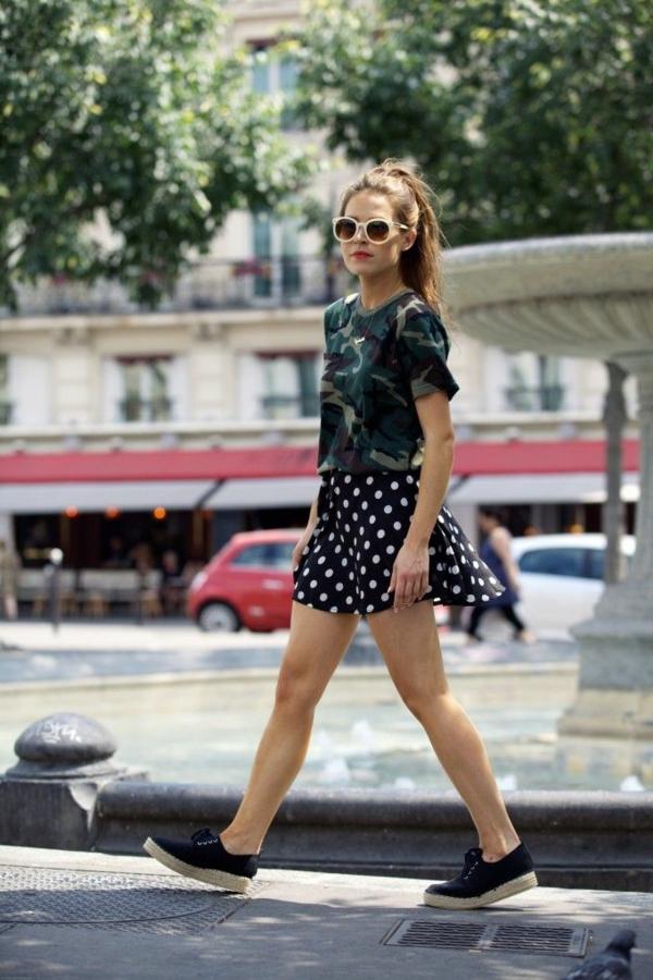 le-style-boheme-chic-jupe-trapeze-lunettes-de-soleil-blanches-rondes-resized