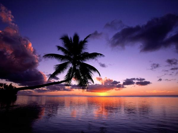 couche de soleil sur la mer les destinations les plus belles du monde. Black Bedroom Furniture Sets. Home Design Ideas