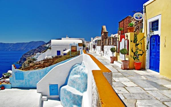 l'ile-de-santorin-vacances-au-bord-de-la-mer-Egée-santorini-grèce