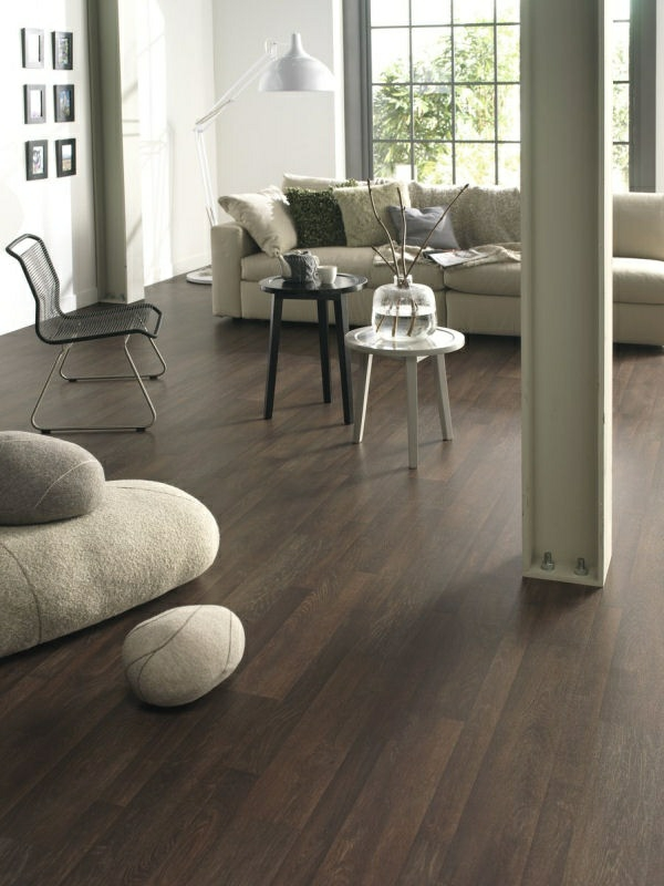 lino-imitation-parquet-marron-salon