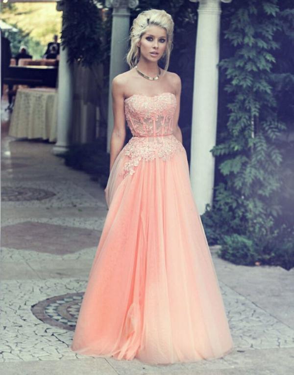 l'inspiration-robe-pour-le-bal-de-promo-elegante-jolie