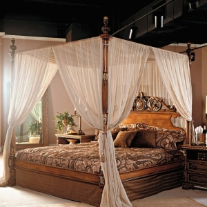 Le ciel de lit qui va changer l'ambiance de votre chambre à coucher !