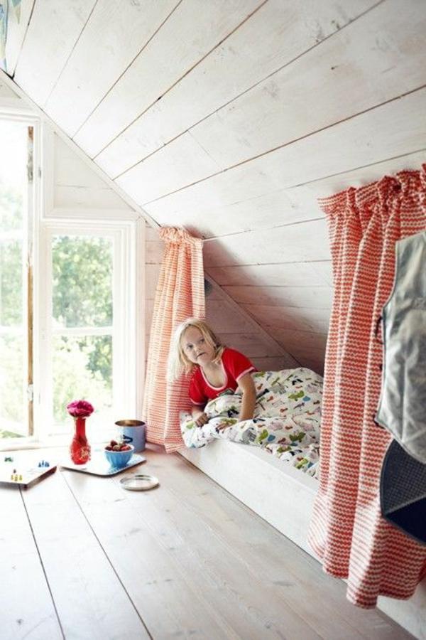 lit-cabane-chambre-d-enfant-en-bois