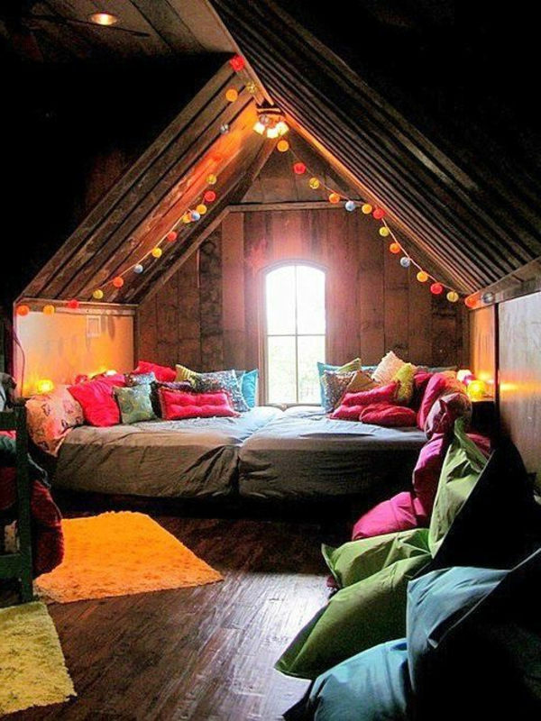 Le lit cabane dans la chambre d'enfant moderne … ~ Les Plus Beaux Lits En Bois