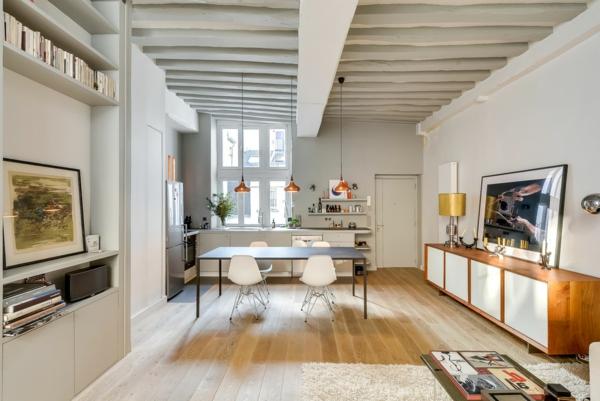 loft-parisien-intérieur-blanc-trois-lampes-suspendues