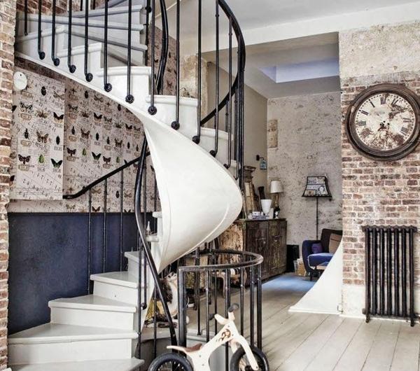 loft-parisien-un-escalier-tournant