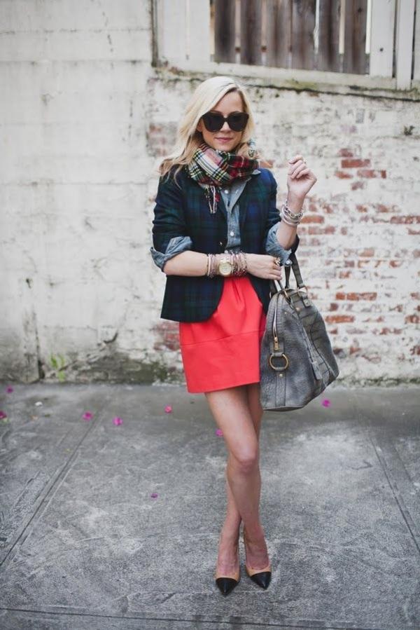 lunettes-de-soleil-noir-femme-moderne