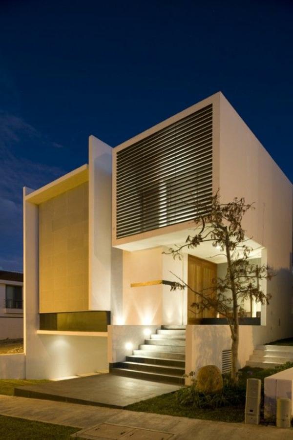 maison-cubique-avec-escalier