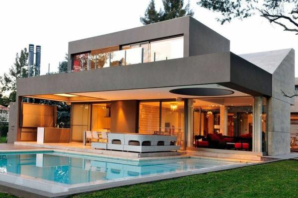 maison-cubique-un-deuxième-étage-au-dessus-du-toit