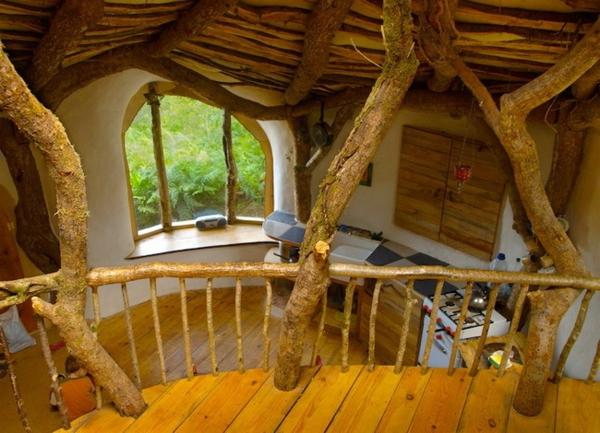 maison-de-hobbit-de-deux-niveaux