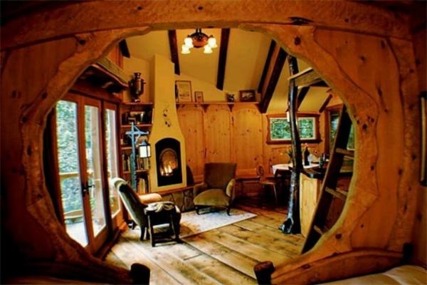 maison-de-hobbit-intérieur-fantastique-en-bois