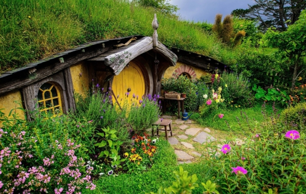 maison-de-hobbit-maison-miraculeuse-à-Matama