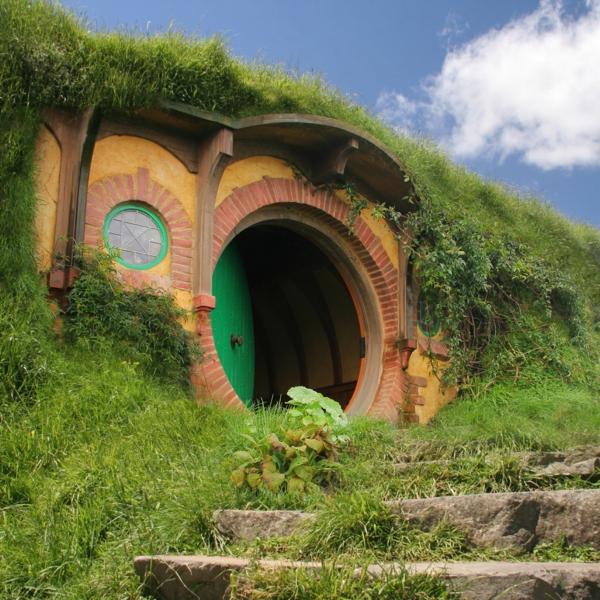 maison-de-hobbit-miraculeuse