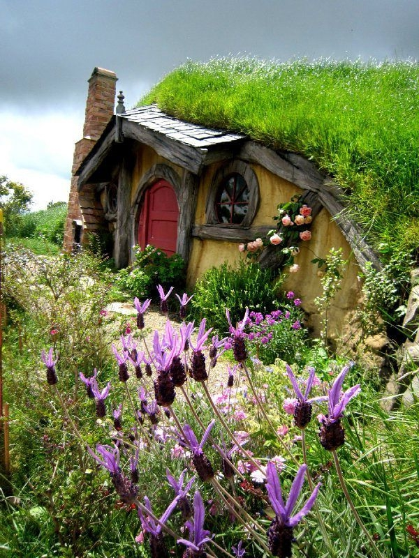 maison-de-hobbit-unique