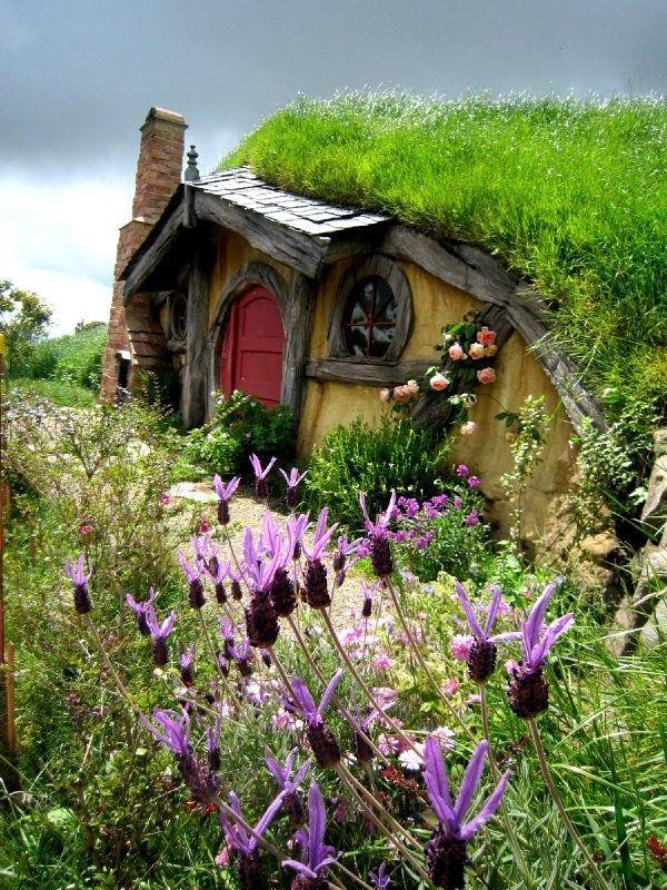 maison-de-hobbit-unique