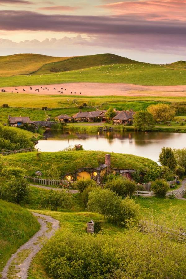 maison-de-hobbit-vue-panoramique
