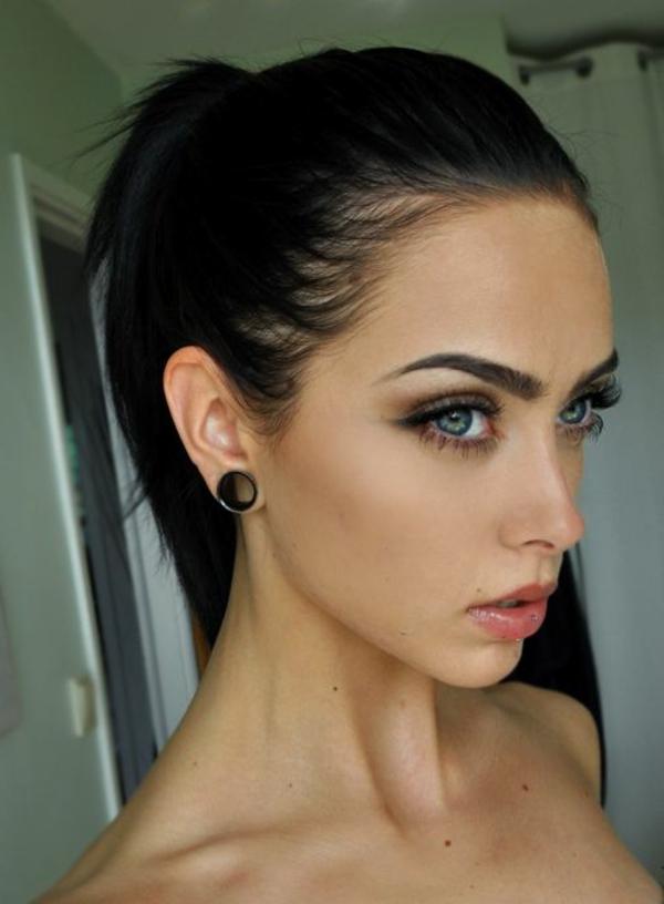 maquillage-pour-les-yeux-bleus