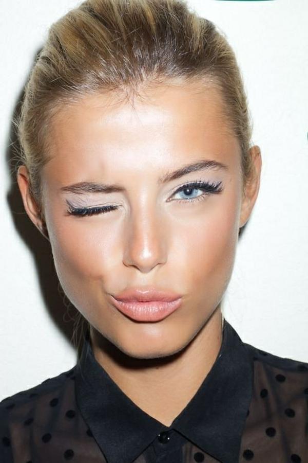 maquillage-pour-yeux-bleus
