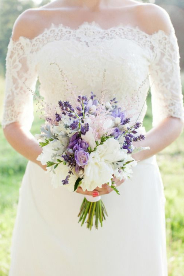 mariage-robe-de-mariée-fleurs-bouquet