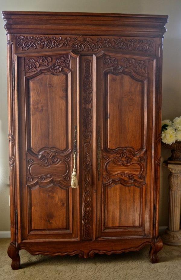 marron-armoire-vintage