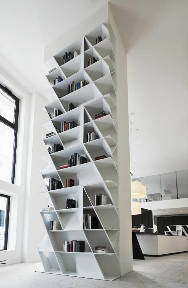 meuble-bibliothèque-blanc-casiers-diagonaux