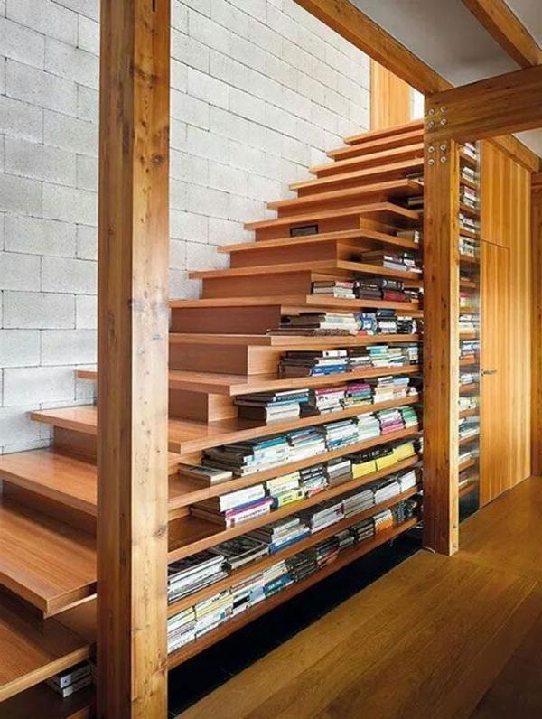 meuble-bibliothèque-escalier-en-bois