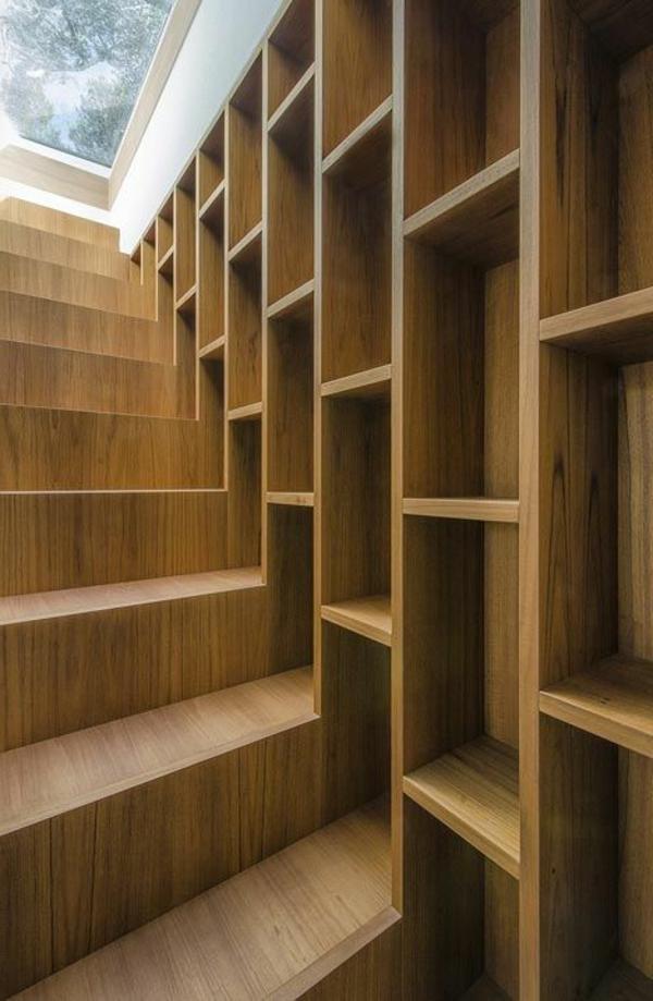 meuble-bibliothèque-et-escalier-en-bois