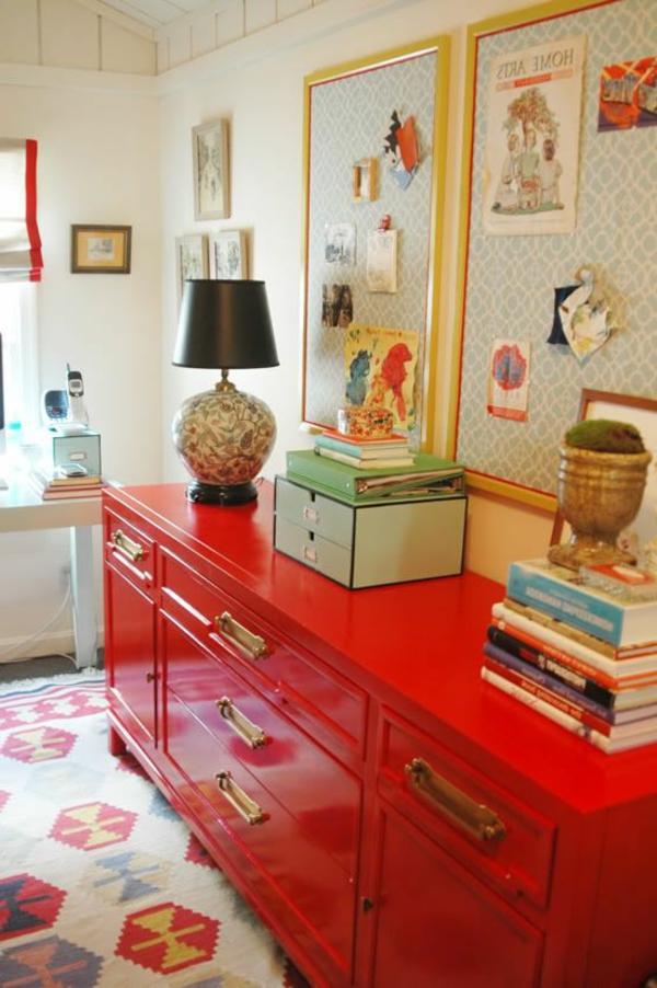 meubles-rouges-commode-livres
