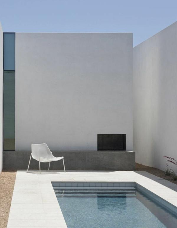 petite-piscine-hors-sol-architecture-contemporaine