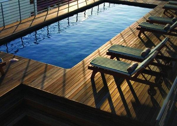 La petite piscine hors sol en 88 photos for Chaises longues piscines
