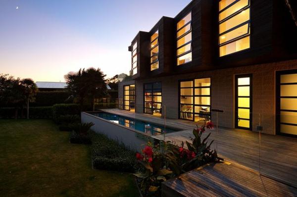 petite-piscine-hors-sol-jolis-espaces-extérieurs