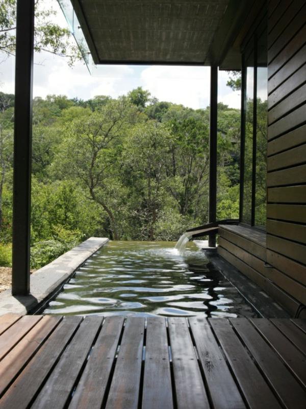 petite-piscine-hors-sol-piscine-infinie-pour-l'extérieur