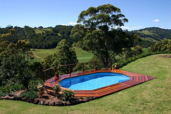 petite-piscine-hors-sol-piscine-spectaculaire-hors-sol