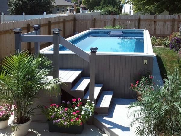 Piscine moderne hors sol la petite piscine hors sol en for Piscine moderne photos