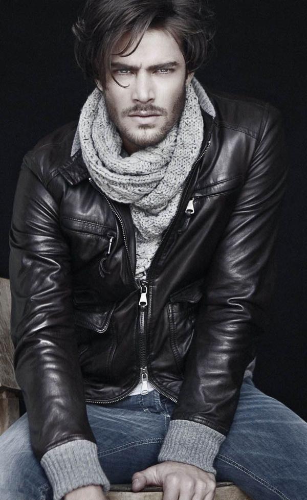 photo-cool-homme-beau-vaste-cuir