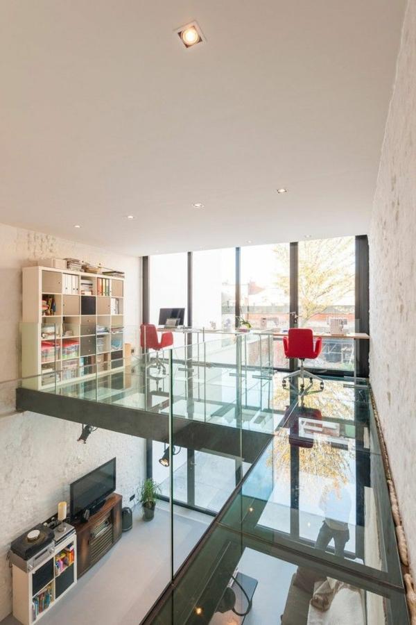 plancher-de-verre-maison-moderne