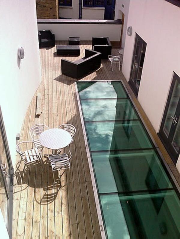 plancher-de-verre-sur-un-toit-terrasse