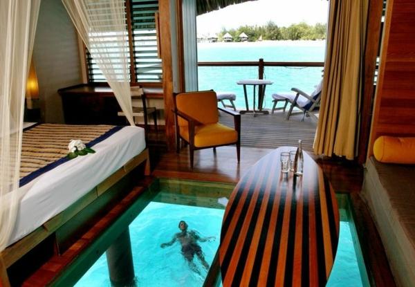 plancher-de-verre-une-maison-d'hôtes-aux-Maldives