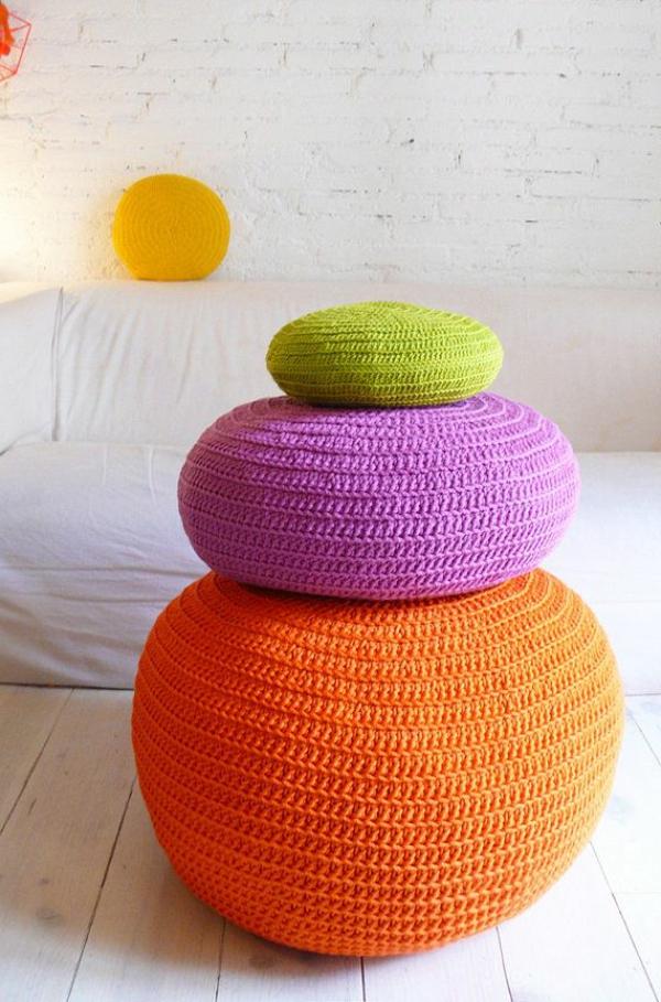 pouf-au-crochet-décoration-sympathique-pour-l'intérieur
