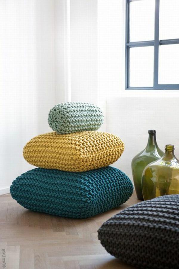 pouf-au-crochet-différents-tailles-de-coussins