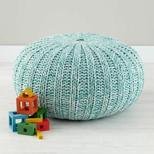 pouf-au-crochet-petit-pouf-turquoise