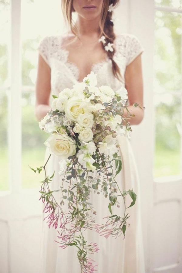robe-de-mariée-fleurs-accessoires