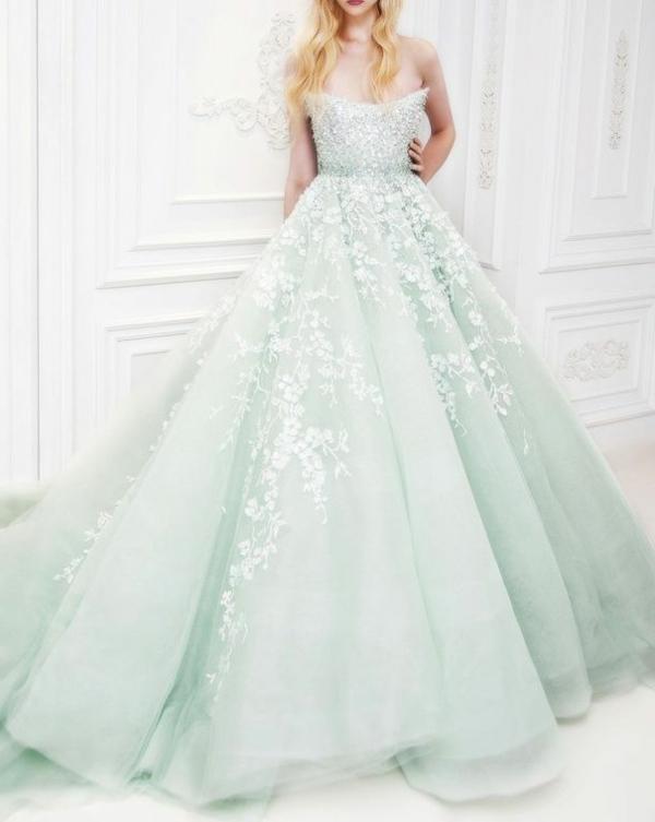 robe-de-princesse-Disney-mariage-tres-jolie-resized