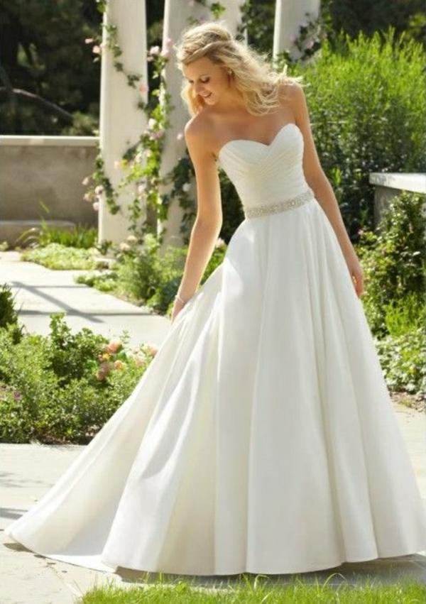 robe-de-princesse-adulte-chic-moderne-robe-mariée-resized