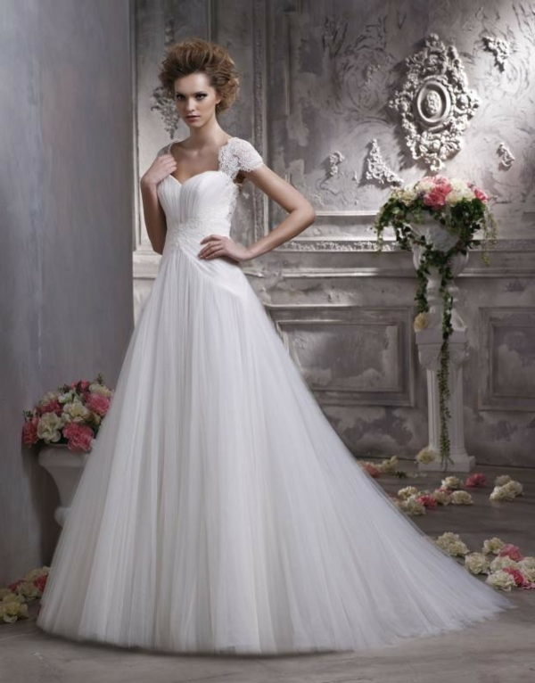 robe-de-princesse-adulte-pour-le-jour-de-mariage-resized
