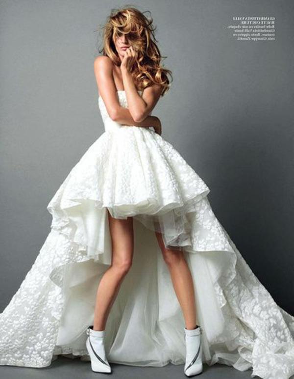robe de soirée-courte-devant-longue-arriere