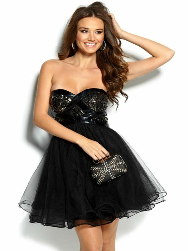 robe-de-soiree-robe-cocktail-noire-accessoirise