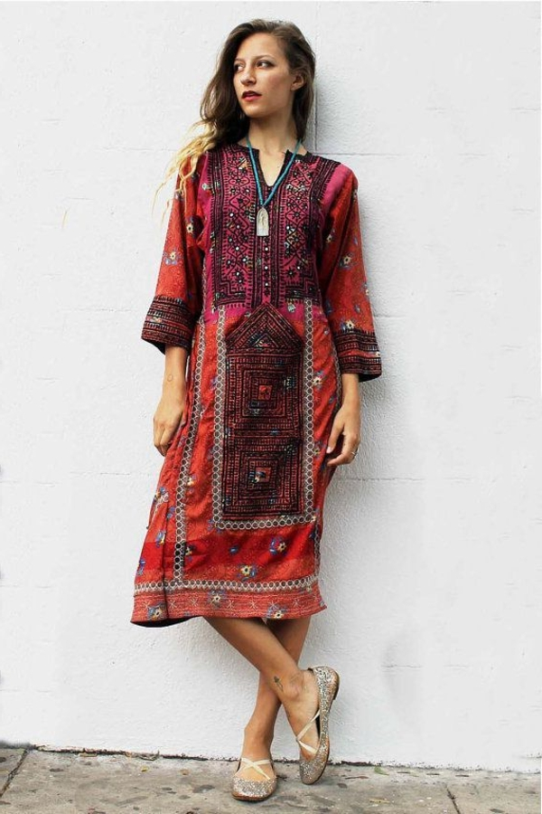 robe-hippie-chic-à-motifs-éthniques