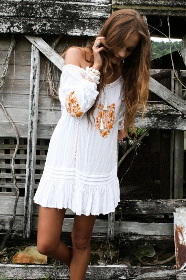 robe blanche hippie chic. Black Bedroom Furniture Sets. Home Design Ideas